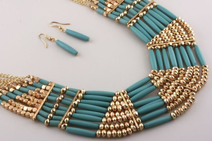 Kameron Sea Green and Gold Statement Necklace