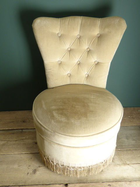 Vintage 1960's Ivory Button Back Dressing Table Stool ...