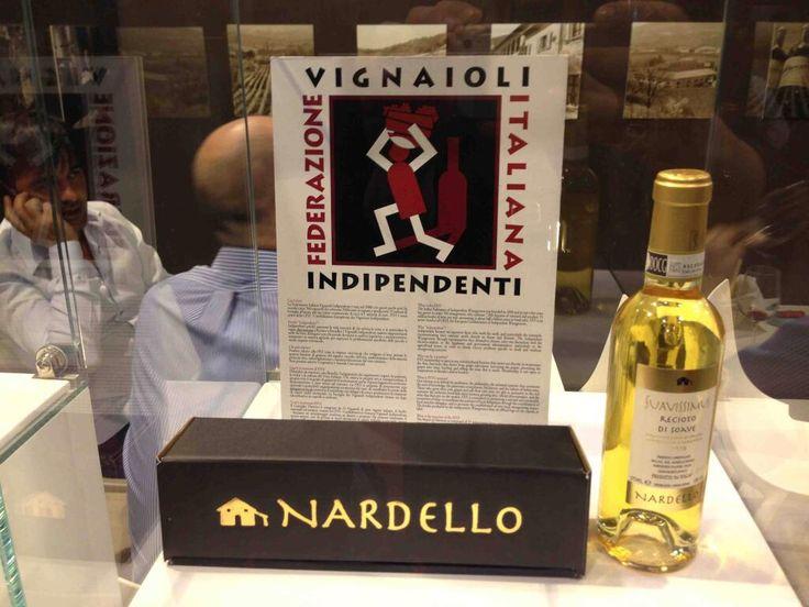 #Vinitaly2014 con Nardello Vini! #Vinitaly #wine #packaging pic.twitter.com/rKlUanvwfh