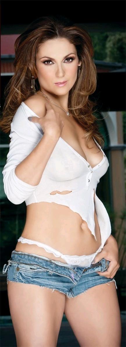 Nora Salinas Nude Photos 3