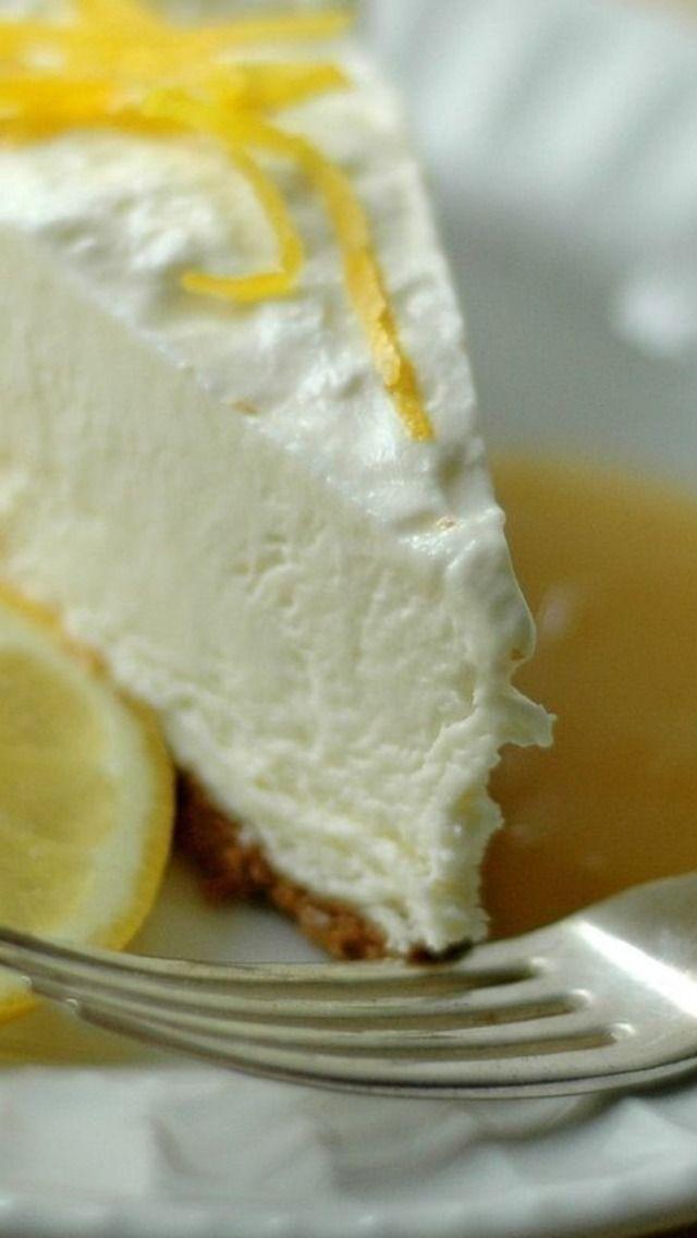 Frozen Lemon Mascarpone Cheesecake