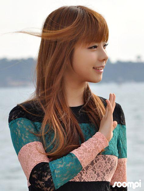 Juniel (Choi Jun-hee), a Korean pop singer