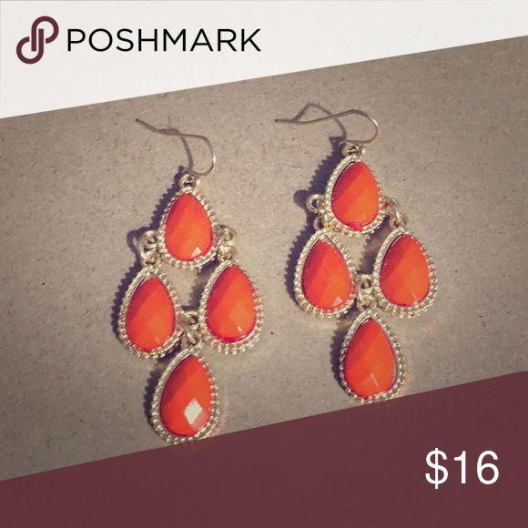 🧡Sweet Orange Chandelier Earrings Boho ORANGE Dangle Earrings with GOLD TONE FRENCH WIRES🧡 Jewelry Earrings