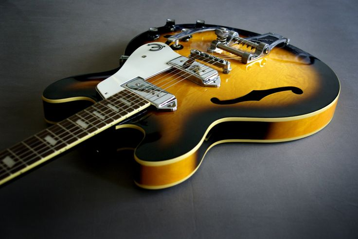 vintage gibson gutairs