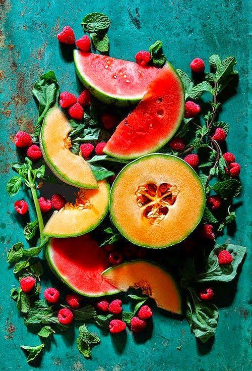 Leecadens- colored fruits