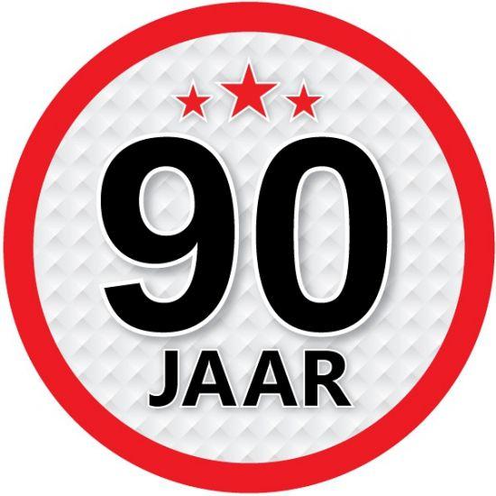 90 jaar sticker rond voor een 90ste verjaardag. Een leuke ronde sticker met een diameter van ongeveer 14,8 cm.