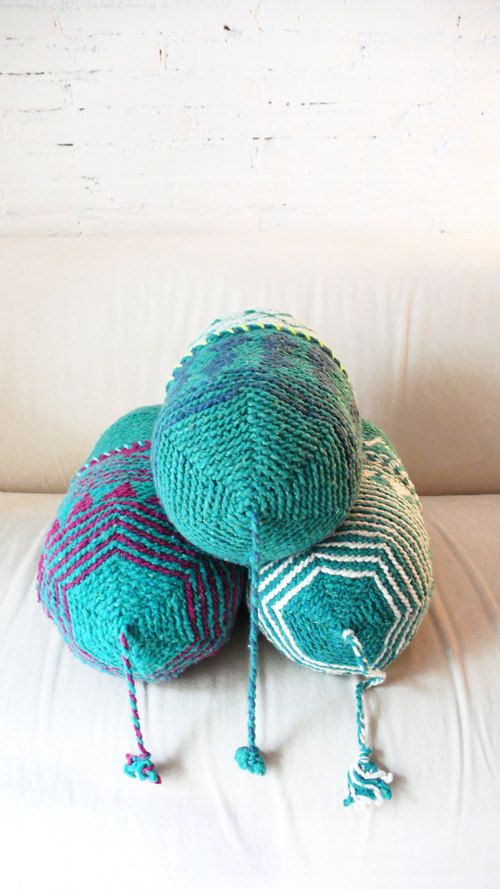 Pillow Crochet Marrakech - Green diamond    This funny crochet cushion made ​​from Moroccan wool hats, , will add lots of color and fun to your