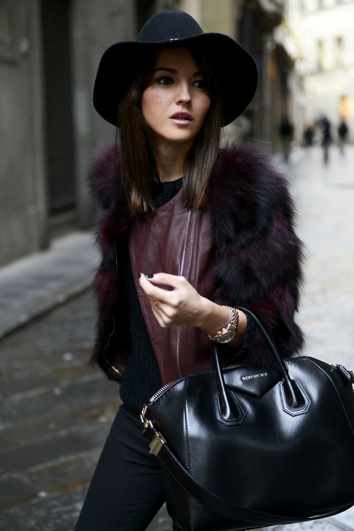 Outstanding Fall/Winter Look 2015. Burgundy leather jacket with fur sleeves in combination with black colour clothes and accesories