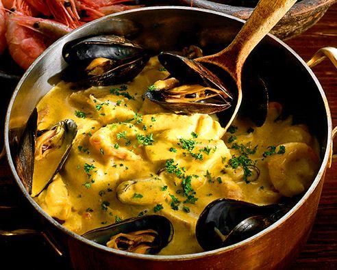 Mustig fiskgryta med musslor och räkor | Recept från Köket.se