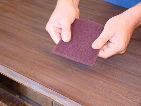 Paglietta sintetica o paglietta d'acciaio?