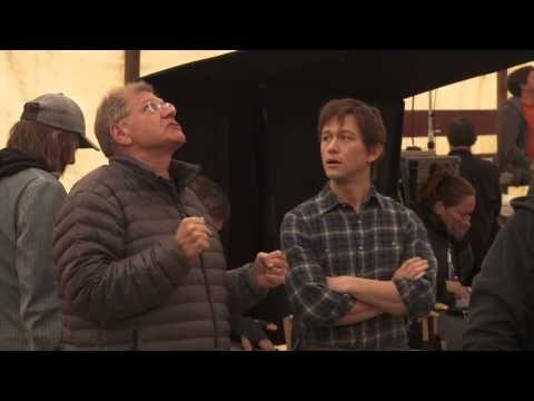 Джозеф Гордон-Левитт и Роберт Земекис в работе на съемках фильма Прогулка (2015) - YouTube