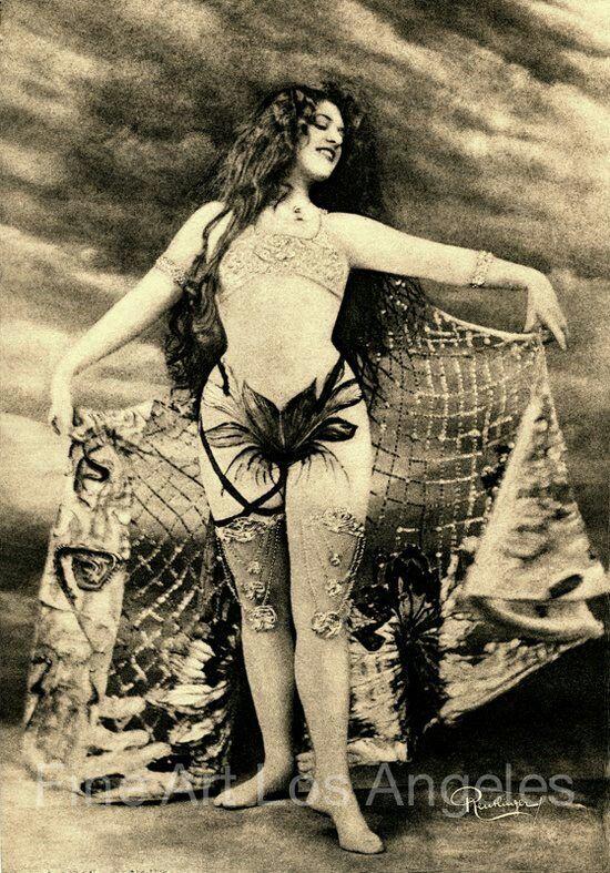"Vintage photo, ""Mata Hari"" #2 Paris, 1910 Leopold Reutlinger"