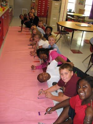 """Fun, easy way to teach the scientific method. """"Do taller children have bigger feet then smaller children?"""" In the picture students collected their data (drew a bar the size of their feet) and used a ruler to measure their graph and record their results."""