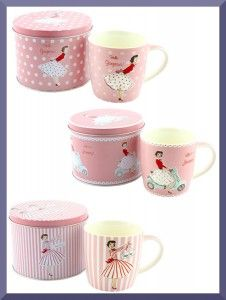 Girls mugs inside sweet pink tin :)