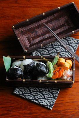 一口おにぎり弁当 | 日本の片隅で作る、とある日のお弁当