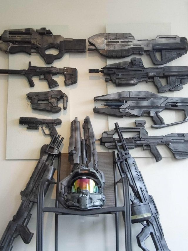 Gaming Room Decorated With Prop Video Game Guns | Geekologie