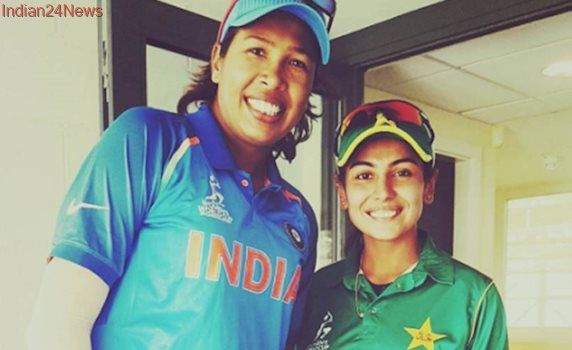 'She's My Inspiration': Pak Cricketer's Fan Moment With Indian Idol