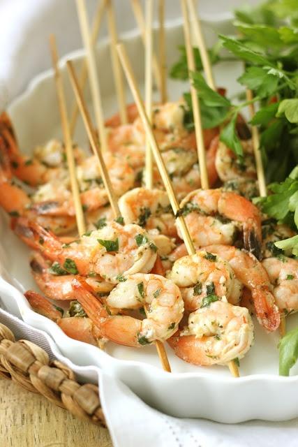 Grilled Lemon Basil Shrimp Skewers - Summer Appetizer    http://jennysteffens.blogspot.com/2012/06/lemon-basil-grilled-shrimp-kebabs.html