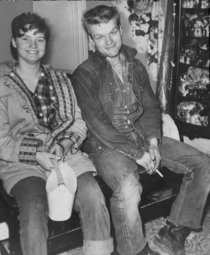 "Charles Starkweather and Caril Ann Fugate, later dubbed ""The Badlands Killers,"" began as teenage lovers in the late 1950s when Caril was only…"