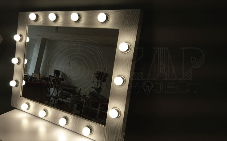 Hand made LED wooden make-up mirror from ELITE ROF series. 14 LED light bulbs. Size of the glass - 60x80cm Classy, isn't it? ;) Find it on our shop :  http://zapproject.pl/lustra-z-oswietleniem-w-drewnianej-ramie-od-frontu-do-makijazu-i-wizazu/50-lustro-o%C5%9Bwietlone-led-elite-60x80-cm-rof-14.html  Drewniana rama i ręczne wykonanie z serii ELITE ROF 14 żarówek LED  Wymiary tafli : 60x80cm Klasa sama w sobie ;) Znajdziecie je na…