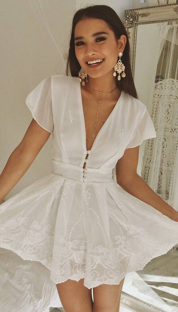 #spring #outfits White V-neck 'Lucky Clover'playsuit 😍💖