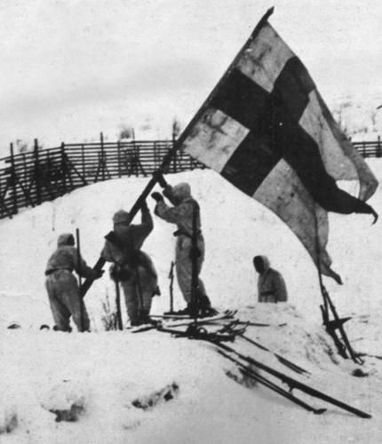 'Victory in Lapland', Finnish soldiers setting up a Finnish flag on the Norwegian border. Lapland War 1945.  **