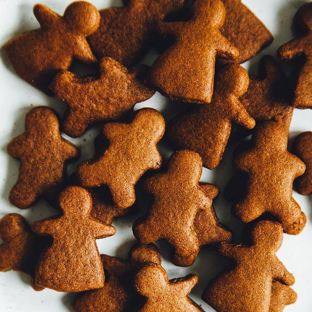 Mini coconut oil gingerbread folk – Oh, Ladycakes
