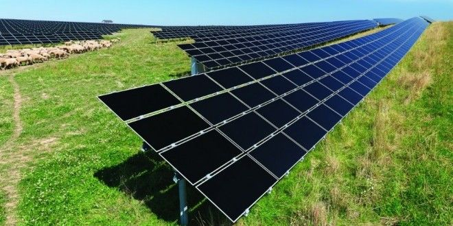 You are thinking about purchasing solar panels, but got confused about which type to go for? In this article, I'm going to go through the different types of solar panels for residential and commercial use (mono-, polycrystalline and thin film) with the goal of helping you figure out which one would be the better choice in your particular situation.