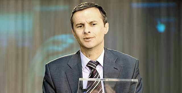 Consilierul personal al premierului pe probleme macroeconomice, Cristian Socol, afirmă că se urmăreşte înfiinţarea unei agenţii de atragere a investiţiilor atât a celor străine, cât şi a celor româneşti. 'Până la crearea acelei agenţii care va fi compatibilă ca organizare şi ca structură, ca scop cu ceea ce se întâmplă în Ungaria, Polonia, Slovacia, în toate ţările din clusterul nostru, iniţiem deja demersuri pentru parteneriate strategice cu firmele care investesc în România', a precizat…