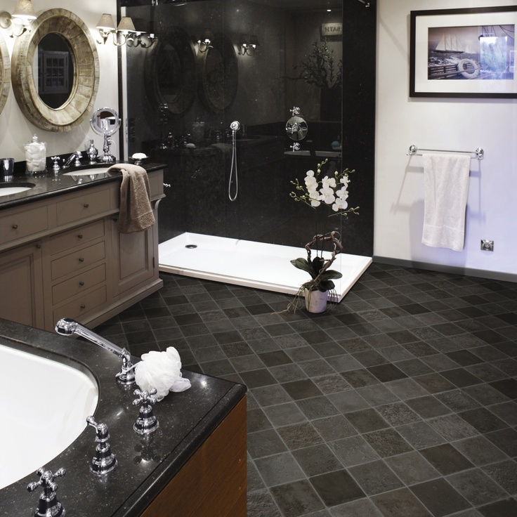 Striking style with black and white interior #bathroom #modern #home