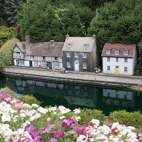 Gorgeous Miniature England At Cockington Green