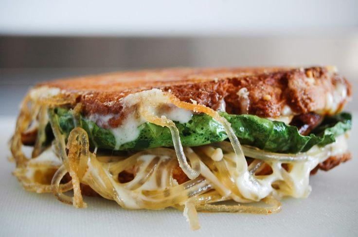 ramen grilled cheese, glass noodles, asian fusion, pork, egg, tofu, gluten free sandwich, glorious sandwiches,