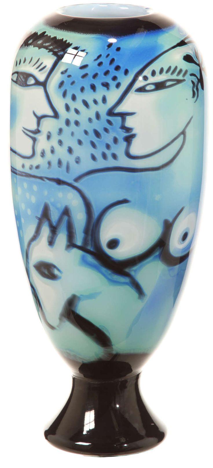 Graal Vase, by Ulrica Hydman-Vallien. Kosta Boda Glass, Sweden
