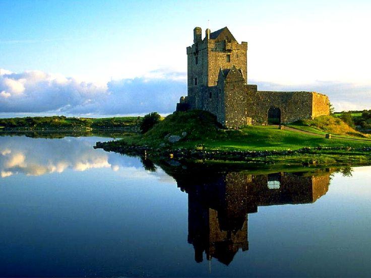 on the list- irelandBuckets Lists, Dreams Vacations, Beautiful Ireland, Ireland Castle, Places I D, Irish Castles, Emeralds Isle, Ireland Travel, British Isle