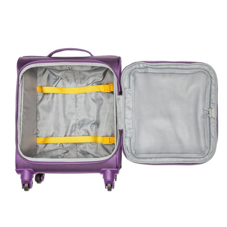 Thanks to a unique folding system, full and standard luggage volume capacity folds to be almost flat when empty. So it fits anywhere, even under a bed and most importantly this carry-on size fits in the overhead compartment of most international airlines.
