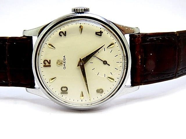 1950's Vintage Omega Stainless Steel Watch Calibre 266 watch been just Serviced.