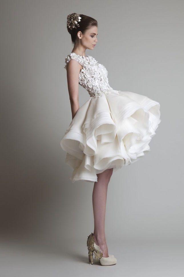 ミニ丈もかわいい!素敵ウェディングドレス