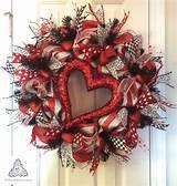 cc035b292e4aa780825025ba840d2a57 - Deco Mesh Valentine Wreath Red
