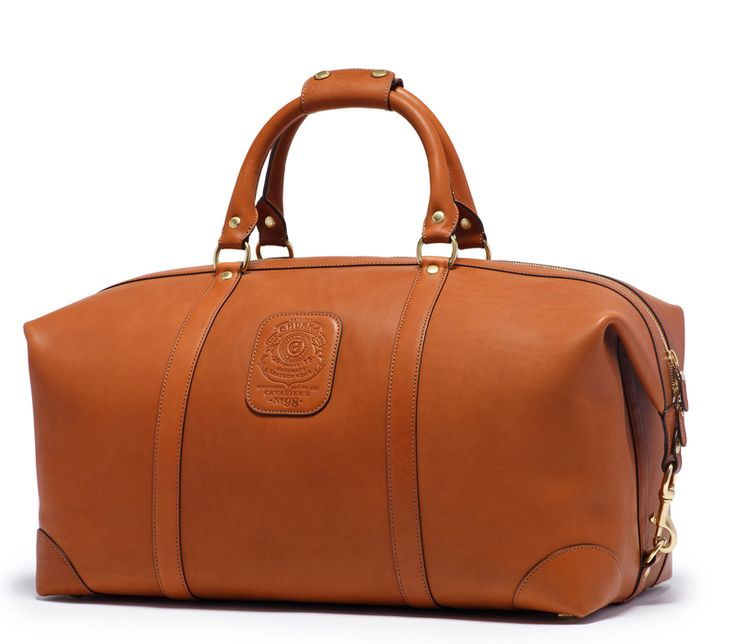 The Cavalier III from Ghurka large duffel bag features fold-end design that opens to allow extra room and ease in packing. http://www.zocko.com/z/JJ6RZ