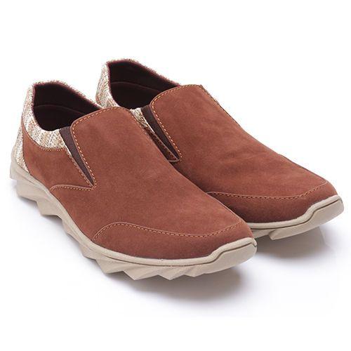 Original Sepatu Dr.Kevin Kentucky - Cokelat | Deskripsi : Sepatu Kasual Pria, Warna Coklat, Upper Suede, Sole TPR | Ketersediaan Size = 39, 40, 41, 42, 43 | IDR 385.00