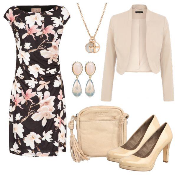 Abend Outfits: Blumig bei FrauenOutfits.de ___ #abendoutfit #besondereranlass #essengehen #restaurant #date #geburtstagsoutfit #party #outfitinspiration #outfit #mode #frauenmode #damenmode #beige