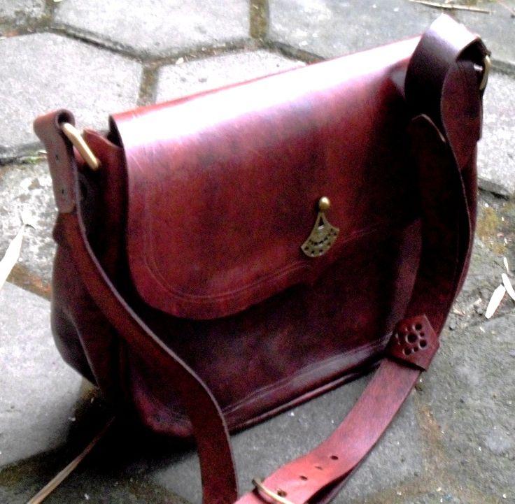 Leather handmade ethnic bag - 3 days Kaula workshop