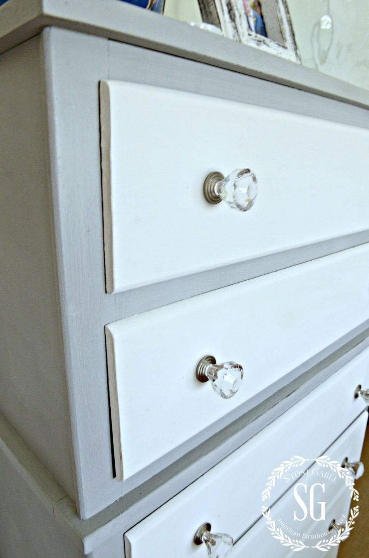 TWO TONED PARIS GREY AND WHITE DRESSER DIY