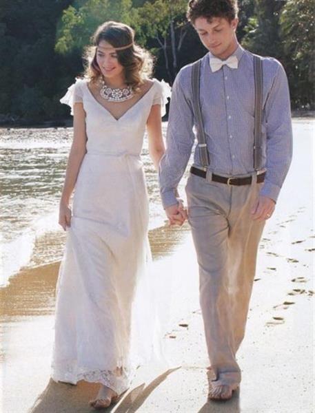 Свадебный костюм жениха для свадьбы на пляже
