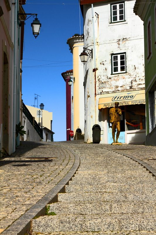 Up the street in Monchique, Algarve | Portugal (by LusoFox)
