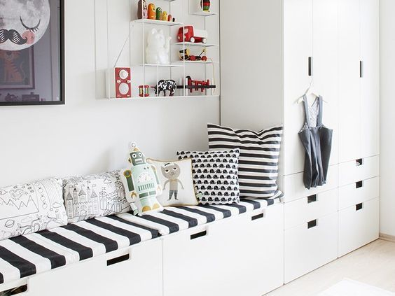 This gives me a jumping off point for designing a functional baby through teen years bedroom...