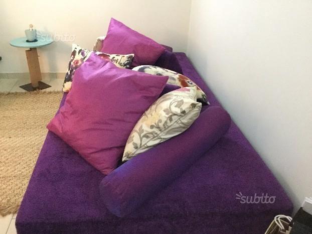 EDRA Sherazade sofa in purple (€500...deal!)
