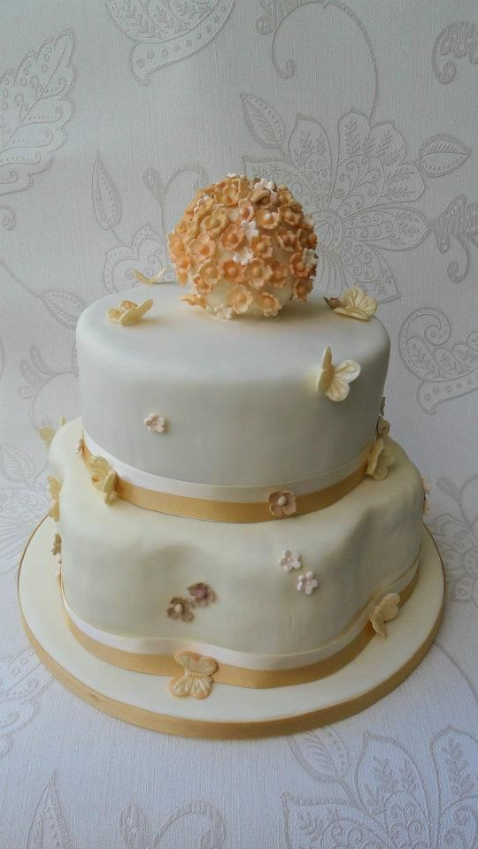 Hydrangea and Butterfly Wedding cake