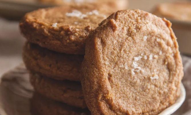 Peanut Butter Sea Salt Cookies
