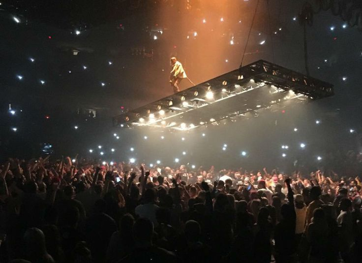 Kanye West Apologized to Nike CEO Mark Parker During His Saint Pablo Tour | Sole…